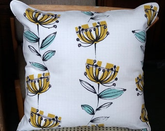 Retro Yellow Flowers on White Cushion Cover. 18 Inch Square. Floral Cushion, 1950s Style Cushion, Home Decor, Modern Living, Modern Cushions