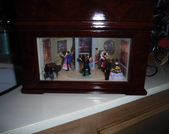 "Crosley BK-310 ""Ballroom"" Reproduction 1800's Music Box"