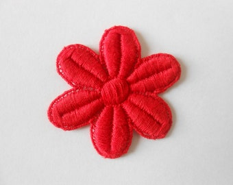 Red flower cotton 4.5 x 5 cm