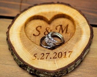 Personalized Rustic Wood Ring Holder, Rustic Wedding Ring Bearer Pillow, Oak Tree Ring Box, Personalized Oak Slice