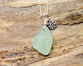 Seafoam Sea Glass, Sea Glass Necklace, Snowflake Necklace, Beach Glass Jewelry, Beach Gift, Sea Glass Jewelry, Seaglass Necklace
