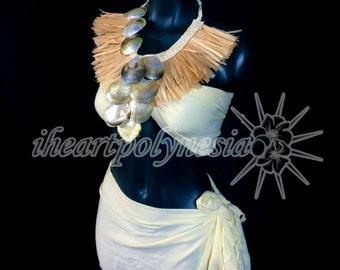 Hau and black lip mother of pearl Tahitian dance costume neck piece