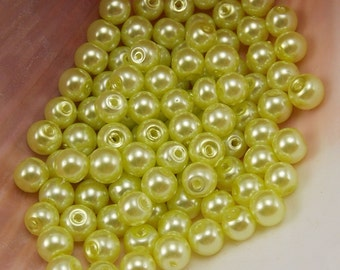 4mm Glass Pearls - Light Lime Green - 100 pieces