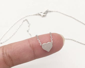 """Solid Heart 16"""" Chain Dainty Necklace"""