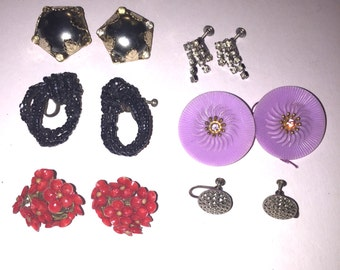 Lot of 6 pair of Vintage Clip On Earrings