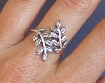 Silver Ring, Silver Leaf Ring, Silver Wrap Ring, Silver Branch Ring, Laural Ring, Silver Band Ring, Floral Ring
