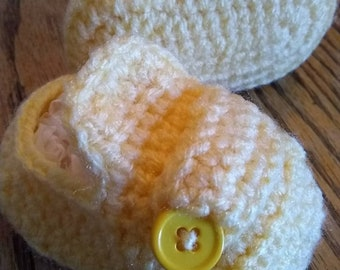 Baby Girl Baby Boy Button Shoe Bootees Newborn to 3 Months Sunny Yellow Soft Shower Gift