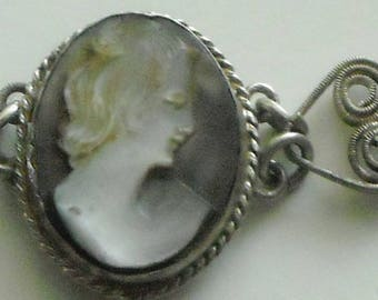 Antique Bracelet Filigree Silver With Five Carved Black Lip Mother Of Pearl Cameo's