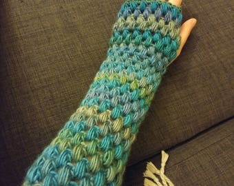 Teal/blue/green crocheted puff stitch fingerless gloves