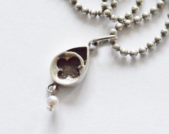 Vintage Sterling Silver Flower and Faux Pearl Pendant Necklace