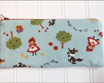 Red Riding Hood Zipper Pouch (Padded)