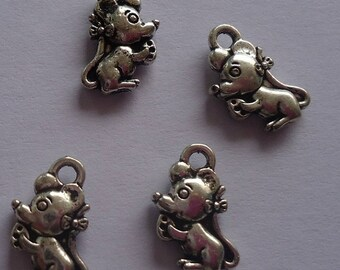 Mouse set of small pendants in silver