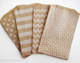 160 Candy Buffet Bags - Kraft Paper - You choose, White Polka Dots, Stripes, Chevron or Honeycomb - 5 x 7.5 Inches