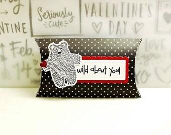 Valentine Treat Holder, Valentine Candy Holder, Valentine Pillow Box, Valentine Treat Box, Classroom Valentine Treat Holders, Kids, Children