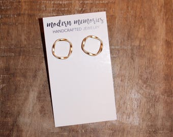 Twisted Round Gold Studs | gold circle studs, twisted circle studs, gifts for her