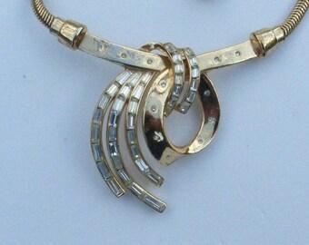 Trifari Pat Pend 1953 necklace gold tone baguette rhinestones AA478