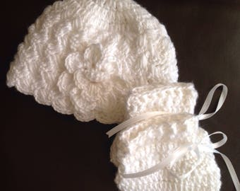 Going home from the hospital baby hat and shoes set, Christening  Baby hat and booties, baby shower gift ,