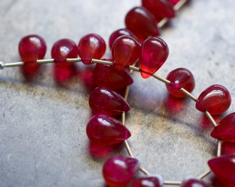 Ruby Quartz Teardrop Briolettes - Focal Briolette- Full Strand