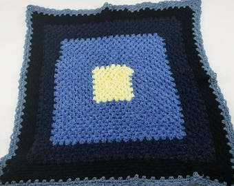 Blue crochet throw blanket