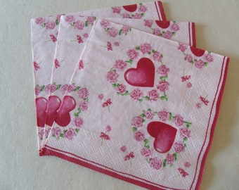 """Set of 3 paper napkins / love, Love """"Hearts and flowers"""" / 33 cm x 33 cm"""