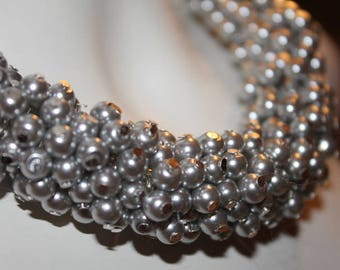 Silver beaded jewelry, Silver beaded necklace, Silver pearl necklace, Silver pearl jewelry, silver jewelry, silver necklace, silver pearls