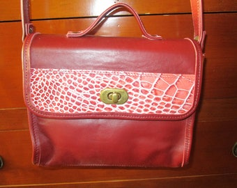 """anna"" in Burgundy leather and croco bag pink"