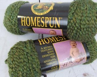 HOMESPUN Super Bulky Yarn - Vintage Yarn - Lion Brand Textured Yarn - Vintage Lion Brand Yarn - Acrylic Bulky Knitting Yarn Green Wavy Yarn