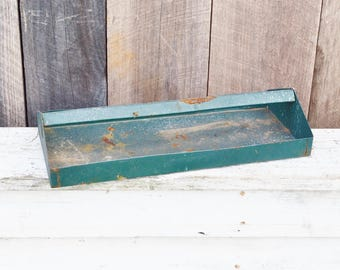 Vintage Green Metal Caddy Tool Box Tray Handled Tote Chippy Paint Rustic Primitive Industrial Farmhouse Decor Repurpose