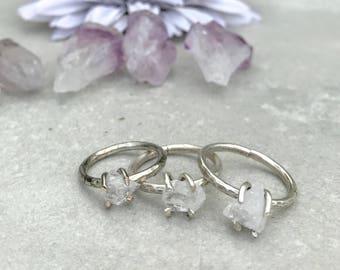 Petite quartz ring, Raw crystal quartz ring, Stacking ring, Silver ring, Raw stone ring, Quartz jewelry, Boho chic