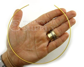 22K Gold Plated Brass Wire Choker Necklace.