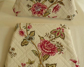 Duo of flat packages, floral print on cotton pique