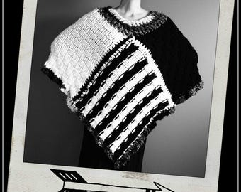 Crochet Poncho,Knit Poncho,Chunky Knit,Crochet Shawl,Knit Shawl,Cape,Coat,Handmade Wrap,Sweater,Hippie,Gypsy,Womens Clothing,Black,White,