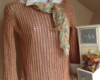 Sleeved brown top