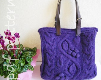 Purple bag with bobbles and cables-pdf pattern