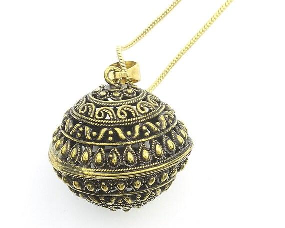 Chennai Necklace, Ornate Ball Pendant, Yoga Jewelry, Meditation, Festival Jewelry, Boho, Bohemian, Gypsy, Hippie, Spiritual