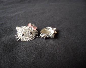 Silver kitty head rhinestone connector 19 x 22