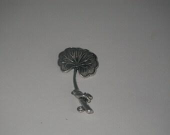 1 piece silver plated ginkgo leaf charm