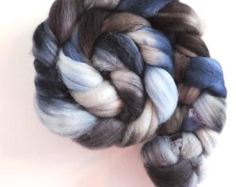 merino nylon,Runen Hagalaz, superwash sock blend, top, handpainted fiber for spinning, ca.3,5oz
