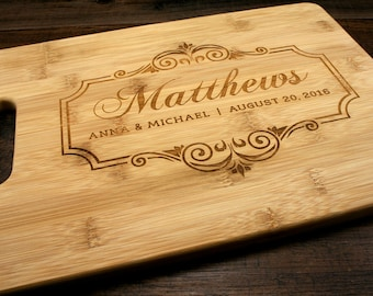 Personalized Family Name Cutting Board, Bamboo Cutting Board with couples name and wedding date, Engraved Cutting Board, Wedding Gift