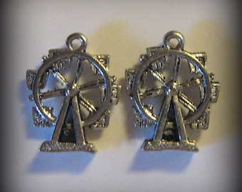 4 Ferris Wheel Charms - Silver Pewter (qb9)