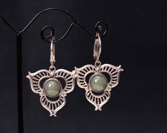 Sterling silver vintage natural light nephrite earrings