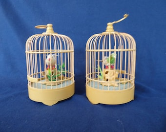 Pair of Traditional Chinese Bamboo Battery Singing Birds in Cage(Toy)