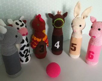 6 bowling game on the theme of African animals