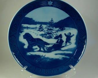 1986 Royal Copenhagen Christmas plate