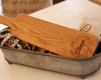 25th Anniversary Gift, Personalized Wooden Serving Bread Board