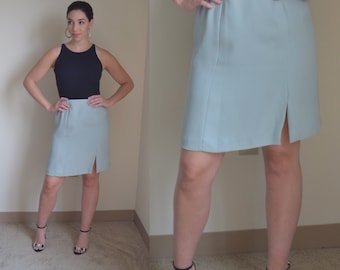 Retro 90s Pale Blue Skirt (size small)