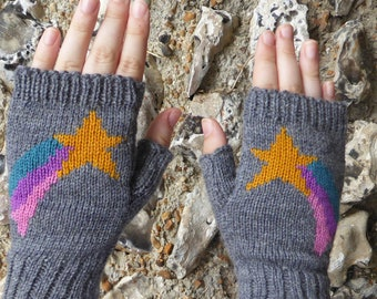 Shooting Star Wrist Warmers, Knit Fingerless Gloves, Knitted Mittens , Wool wristlets