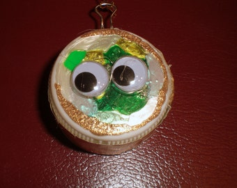 Green-Gold-Pearl (with gold sides) Googly Eyes Ornament