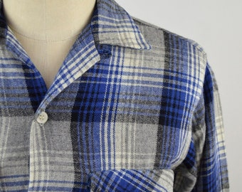 Vintage 1950s Blue and Grey Plaid Wool Loop Collar Shirt by Lanier by Oxford Size Small