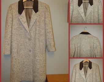 Canda C&A tweed coat with velvet collar